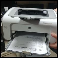Принтер HP LaserJet Professional P1102  (A4, 18стр / мин, 2Mb, USB2.0)