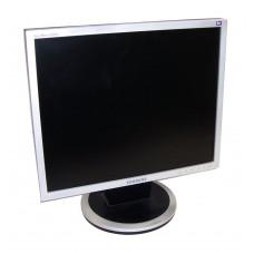 !Монитор 19 Samsung SyncMaster 940N УЦЕНКА (1280x1024, 300 кд/м2, 700:1, 5 мс, 160°/160°, VGA)